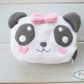 Pandamaci meggymagpárna – kislány
