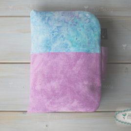 lila-kék márványos pelenkatartó és Pelenkázóalátét