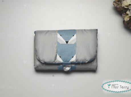 kek-rokas-vizhatlan-pelenkazo-alatet-misstessy (1)