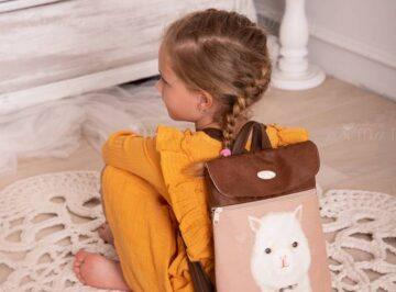 textilbor-hatizsak-gyerekeknek-nevvel-miss-tessy (12)