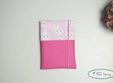 Kiskönyv borító – pink cica