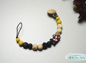 Szilikon Cumilánc névvel – fekete kis bulldog